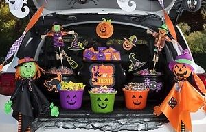 Trunk or Treat , Halloween Candy and Decorations