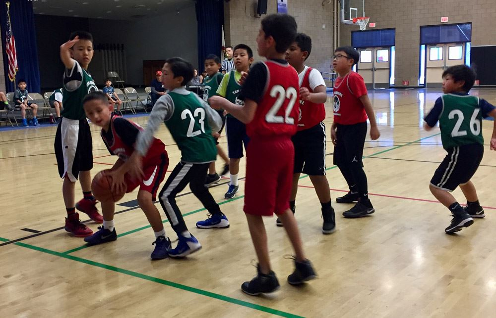 Join San Gabriel's youth basketball league