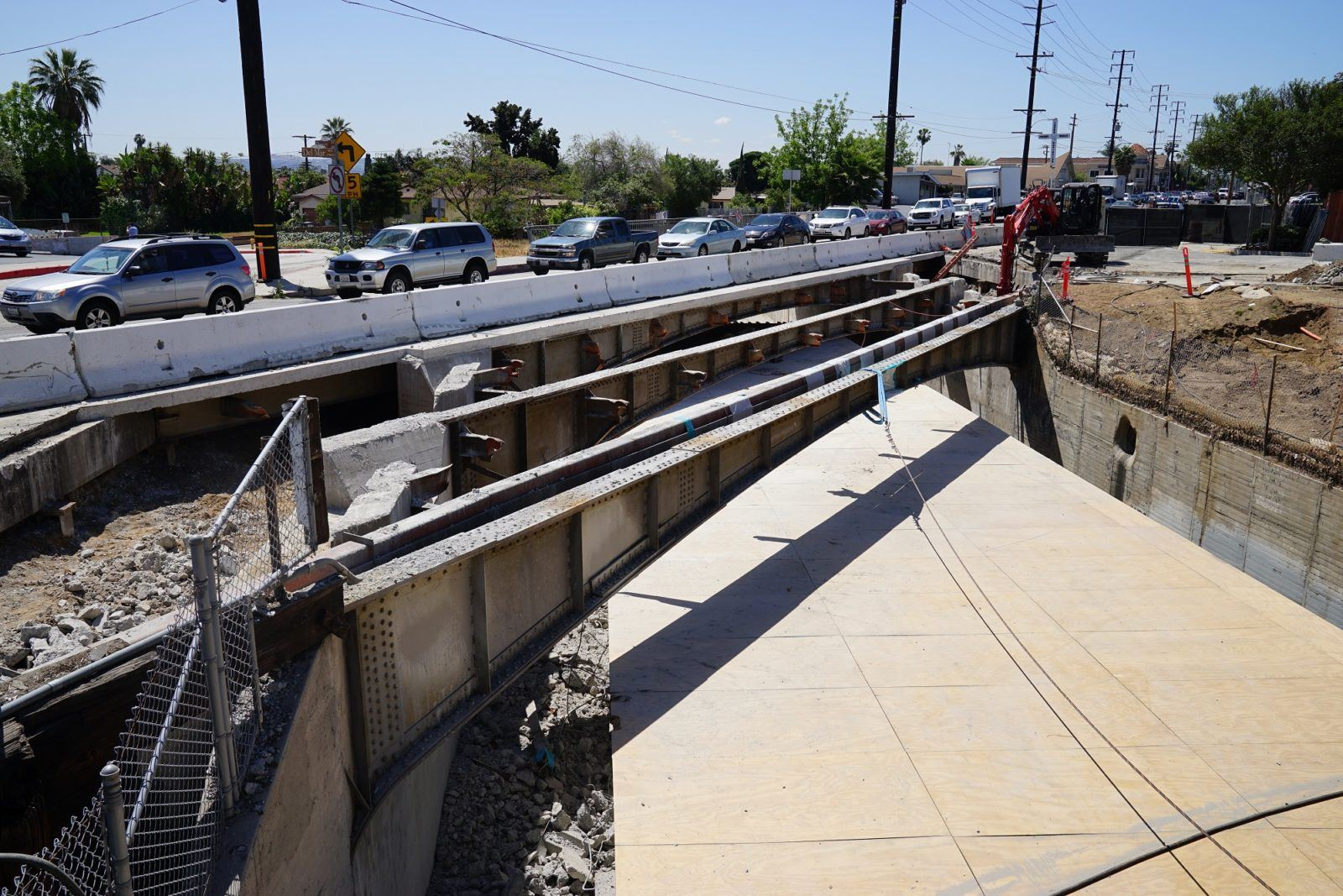 Construction crews deconstruct portion of Alhambra Wash Bridge